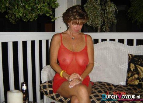 de arrogante discreete vrouw! :b