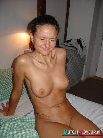 johanna tukiainen alaston tekokynnet netistä