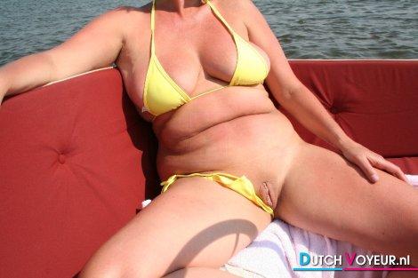 een halve bikini