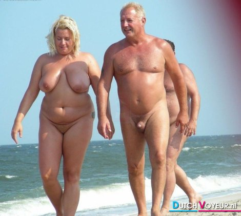 фото толстых голых нанудийском пляжу