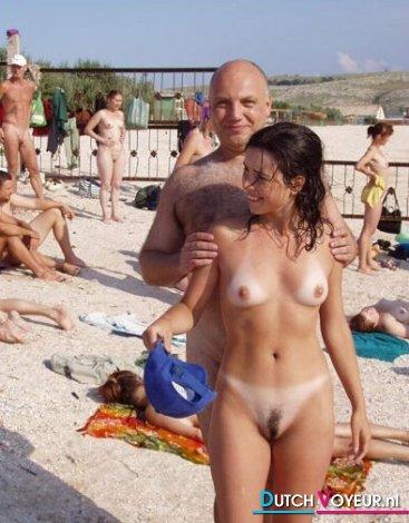 nudism foto beach
